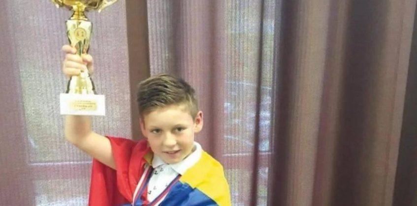 David Radu, în vârstă de 10 ani, este Campionul Uniunii Europene la Șah